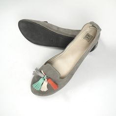 The Loafers Shoes in Gray Suede and Colored Tassels by elehandmade