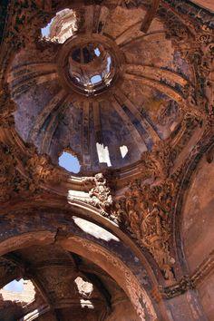 Iglesia de San Martín de Tours, Belchite, Zaragoza, España
