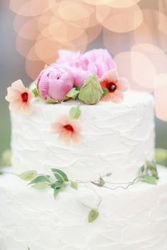 peony cake topper | Simply Bloom #wedding