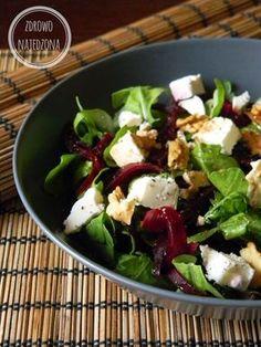 zdrowe jedzenie nie musi być nudne :): Sałatka z burakiem orzechami włoskimi