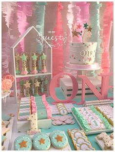 Twinkle Twinkle Little Star Birthday Party Ideas | Photo 1 of 33