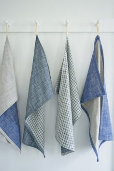 Sewing Projects for The Home - Super Simple Dishtowels - Free DIY Sewing Patterns, Easy Ideas and Tutorials for Curtains, Upholstery, Napkins, Pillows and Decor http://diyjoy.com/sewing-projects-for-the-home