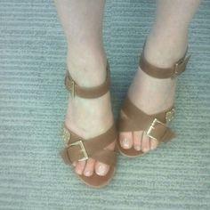 Abi - Dorothy Perkins 'Stone' sandals