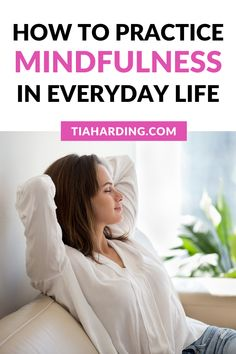 How to practice mindfulness in everyday life to become more calm, present and aware. Mindfulness Exercises, Mindfulness Activities, Mindfulness Practice, What Is Mindfulness, Mindfulness Quotes, How Its Going, Overcoming Depression, Self Care Activities, Improve Mental Health