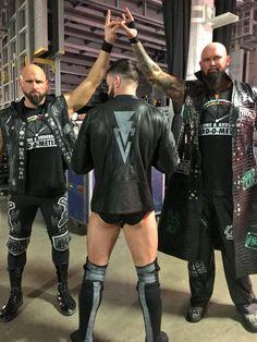 Celebrity deathmatch undertaker vs a demon girl