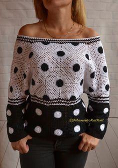a Crochet Summer Sweater open cold Summer Sweaters, Sweaters For Women, Hand Crochet, Crochet Top, Crochet Summer, Crochet Blouse, Crochet Fashion, Cotton Sweater, Crochet Patterns