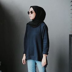 """7,871 Likes, 30 Comments - Intan Khasanah (@strngrrr) on Instagram: """"My simply look with top from @lumo.id love the materials!✨"""""""