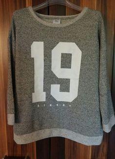 Kup mój przedmiot na #vintedpl http://www.vinted.pl/damska-odziez/bluzy/9872720-szara-bluza-sinsay