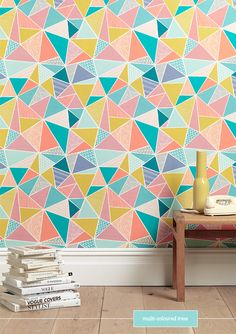 The Tress design creates tessellating geometric shapes to form a dynamic and engaging pattern. Inspired by Eastern pattern, and hand-drawn in the Sian Elin sign Modern Wallpaper, Geometric Wallpaper, Print Wallpaper, Amazing Wallpaper, Graphic Wallpaper, Midcentury Wallpaper, Office Wallpaper, Wallpaper Patterns, Wallpaper Designs