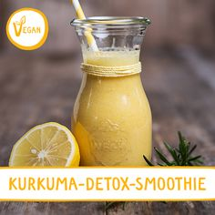 Zutaten: Zitrone, Orangen, Kurkuma, Joghurt, Cashewnüsse, Ingwer-Zitronen Sirup, Kurkuma Latte Pulver, Banane Dauer: 5 Min. #smoothie #kurkuma #kurkumalatte #tumeric #sonnentor #saftfasten #detox #rezept #rezeptidee #sommer #gartenparty Smoothie Packs, Smoothies, Smoothie Detox, Party Buffet, Tasty, Yummy Food, Detox Drinks, Superfood, Food And Drink