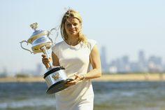 Kim Clijsters with her Australian Open 2011 trophy