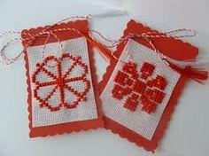 Imagini pentru martisoare cusute pe etamina motive nationale Advent Calendar, Jewellery, Holiday Decor, Crochet, Handmade, Home Decor, Jewels, Hand Made, Decoration Home