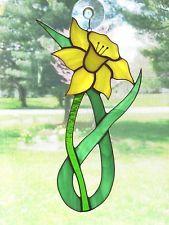 Handmade Stained Glass Flower, DAFFODIL Suncatcher (DA67)