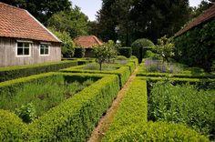 rustig gelegen gerestaureerde charmewoning in het waasland - Te koop - Volledig aanbod vastgoed - Immo Dochy Waregem Kortrijk West- & Oost-Vlaanderen