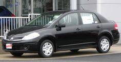 Nissan Versa-2010