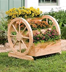 Solid Wood Wagon Wheel Tiered Planter
