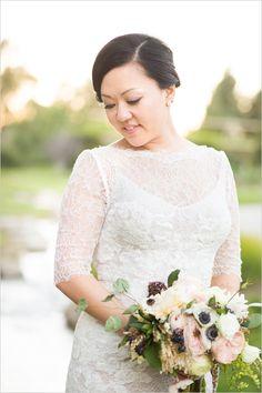 Elegant lacy wedding gown @weddingchicks