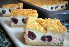 Grated yoghurt cake with cherries NejRecept. Yogurt Recipes, Sushi, Cheesecake, Cherry, Food And Drink, Treats, Baking, Breakfast, Healthy