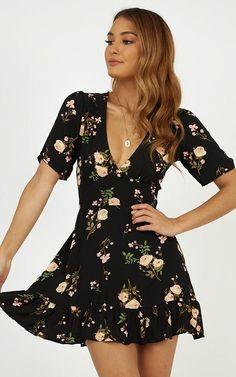 Deep V Neck Floral Printed Short Sleeve Casual Dresses Chiffon Floral, Casual Dresses, Short Sleeve Dresses, Romper Dress, Skater Dress, Short Mini Dress, Mini Skirt, Vestido Casual, One Piece Dress