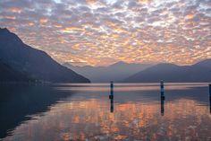 Bellos atardeceres en el lago Iseo. Lovere y Pisogne.