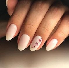 A manicure is a cosmetic elegance therapy for the finger nails and hands. A manicure could deal with just the hands, just the nails, or Nagel Blog, Light Nails, Light Colored Nails, Nail Polish, Minimalist Nails, Manicure E Pedicure, Manicure Ideas, White Manicure, Nail Swag