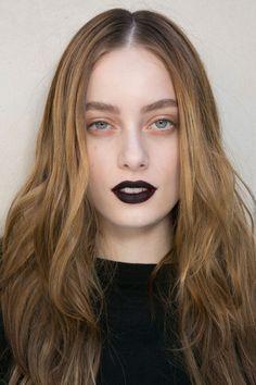 b3de160d6462 Emanuel Ungaro at Paris Fall 2015 (Backstage) Rich Girl Hair