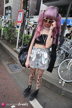 120429-1778: Japanese street fashion in Harajuku, Tokyo (COTTON EMPORIUM, Bubbles, Mam, Converse, Kinsela, Lily Brown)