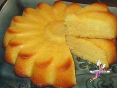 Fondant à l'orange et au citron -Yumelise - recettes de cuisine Lime Desserts, Sweet Desserts, Easy Desserts, Sweet Recipes, Delicious Desserts, Snack Recipes, Yummy Food, Cuisine Diverse, Pound Cake Recipes