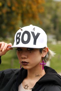 Brand:BOY LONDON  More photo at:  http://www.fashionsnap.com/streetsnap/2012-04-22/15671/