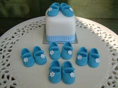 5 X PAIRS of EDIBLE BABY SHOES for CAKES CUPCAKES