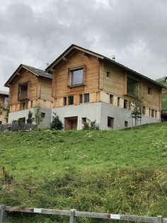 Alpine homes. Kindergarten Library, Peter Zumthor, Leis, Cabins, Switzerland, Furniture Ideas, Masters, The Good Place, House Ideas