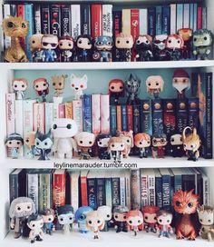 "<a class=""pintag"" href=""/explore/bookshelves/"" title=""#bookshelves explore Pinterest"">#bookshelves</a>"