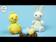 How to make a Sugar Paste Icing Fondant Sheep Cake Topper Sugar Eggs For Easter, Easter Bunny Cake, Easter Cupcakes, Easter Desserts, Easter Eggs, Fondant Cupcakes, Fondant Cake Toppers, Cupcake Toppers, Fondant Rabbit