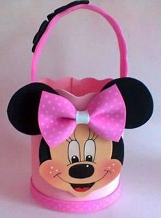 Abygail n Cheyanne Mickey E Minnie Mouse, Minnie Mouse Theme Party, Fiesta Mickey Mouse, Mickey Party, Mickey Mouse Clubhouse, Mouse Parties, Foam Crafts, Diy And Crafts, Crafts For Kids
