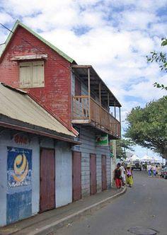 vieille maison à Terre Sainte https://www.hotelscombined.fr/Place/Reunion.htm?a_aid=150886