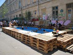 Piscină temporară în strada Verona Bucharest (Rumania), 2012