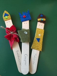 Epiphany craft, three wise men craft sticks art ideas with k Man Crafts, Bible Crafts, Craft Stick Crafts, Preschool Crafts, Craft Sticks, Preschool Books, Christmas Crafts For Kids, Christmas Activities, Holiday Crafts