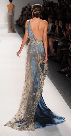 Turquoise, one-shoulder evening gown, with embroidered netting and crystal detail — Globa Moda Fashion Mode, Couture Fashion, Runway Fashion, High Fashion, Classy Fashion, Fashion Trends, Looks Chic, Looks Style, Beautiful Gowns