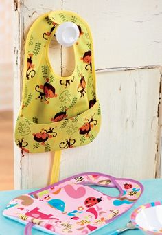 Easy sew instructions for Animal Print Baby Bibs
