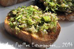 """"""" Il pleut, alors je publie ! Voici une petite recette faite et refaite du temps de mon long séjour de 13 ans sur Marseille. Un apéro tout frais à base de fanes de fenouil... une variante à la tapenade et à l'anchoïade ! Moi qui n'adore pas les anchois, j"""