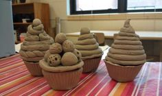 Clay cupcakes, pinch and coil techniques. Fun way to emphasize importance of making things hollow. Clay Projects For Kids, Kids Clay, School Art Projects, 3d Projects, Project Ideas, Sculpture Lessons, Food Sculpture, Classe D'art, Coil Pots