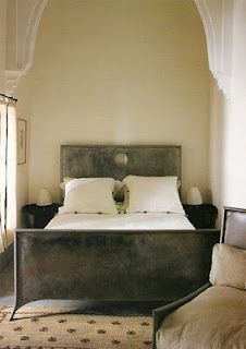 ken Tate architect ~ the combination of warm earthy tones with the metal of bed is so perfect