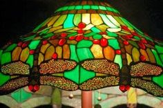Brighten Your Home's Decor With a Tiffany Lamp