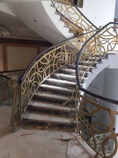 #door #metaldoor #creativemetals #saudiarabia #riyadh #laser #cnc #outdoor #stairs