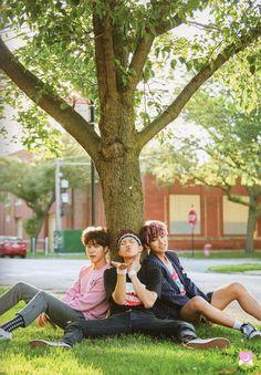 JIN & RapMon & V @BTS Dreaming-days2016 in Chicago