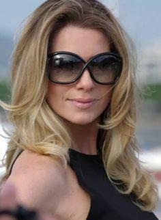 Leticia Spiller - Antonia