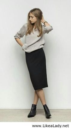 Grey blouse and long black skirt – Nice