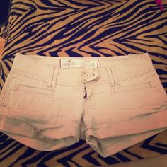 Khaki Shorts Small tear , see picture Hollister Shorts