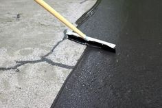 to Repair and Reseal a Driveway gives you simple step-by-step instructions for filling cracks and resealing a driveway. gives you simple step-by-step instructions for filling cracks and resealing a driveway. Asphalt Driveway Repair, Blacktop Driveway, Driveway Sealing, Asphalt Repair, Diy Driveway, Driveway Landscaping, Driveway Ideas, Diy Concrete Driveway, Concrete Driveway Resurfacing