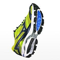 [鞋測]Mizuno Wave Laser︱男女款︱控制性、避震性︱競速鞋︱姿勢跑法︱路感偏軟
